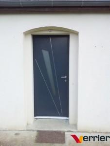 Porte d'entrée mixte ALU et PVC